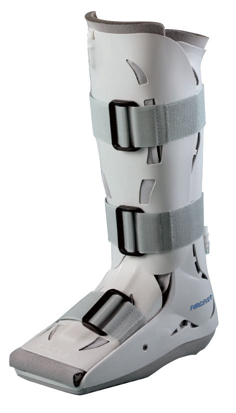 AirCast SP-Low Top Walking Boot AirCast SP-Low Top Walking Boot is a short pneumatic walking brace, is ideal for patients whose limb length or calf circumference prohibits them from using a standard height walker or for injuries that are best treated with a short walker.